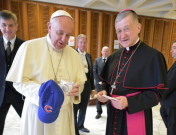 ct-cubs-hahat-pope-francis-blase-cupich-20161115