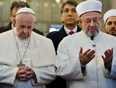 pope-francis-and-grand-mu-012-300x180-1